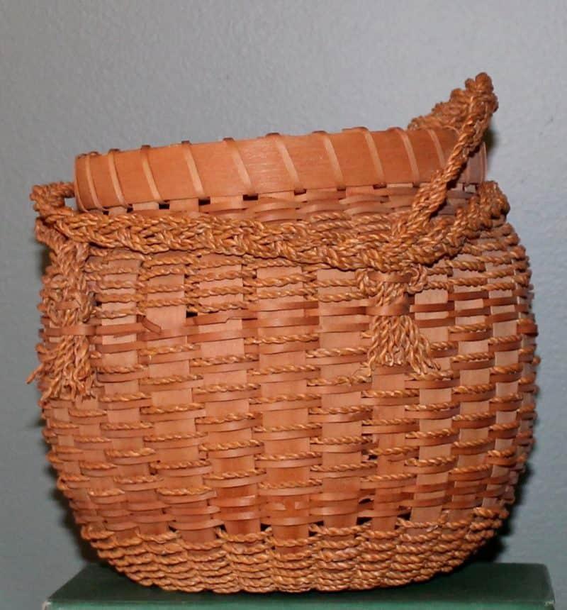 antique-penobscot-basket