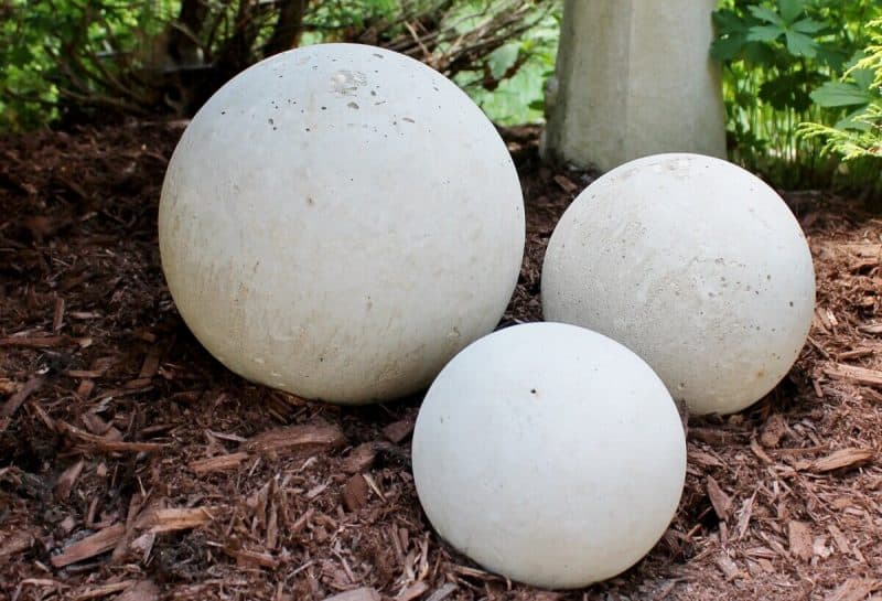 Create Your Own Concrete Orbs In 5 Easy, How To Make Cement Garden Spheres
