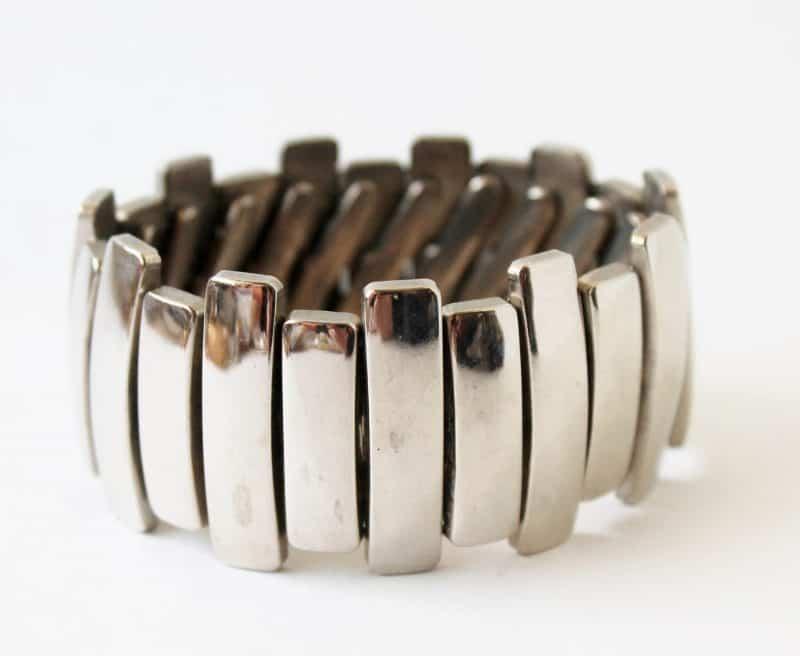 vintage large accordian stretch chrome bracelet