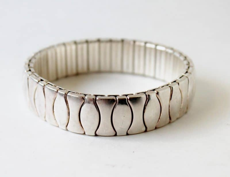 vintage chrome accordian stretch bracelet