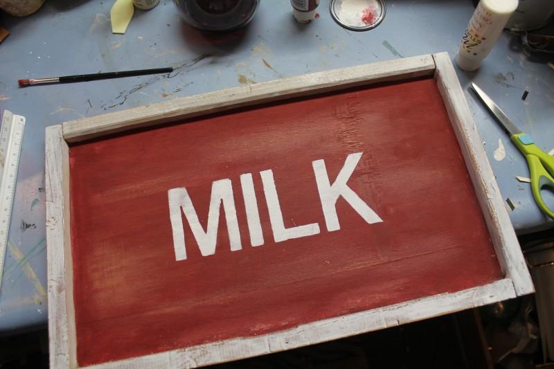 Vintage Farmhouse Sign