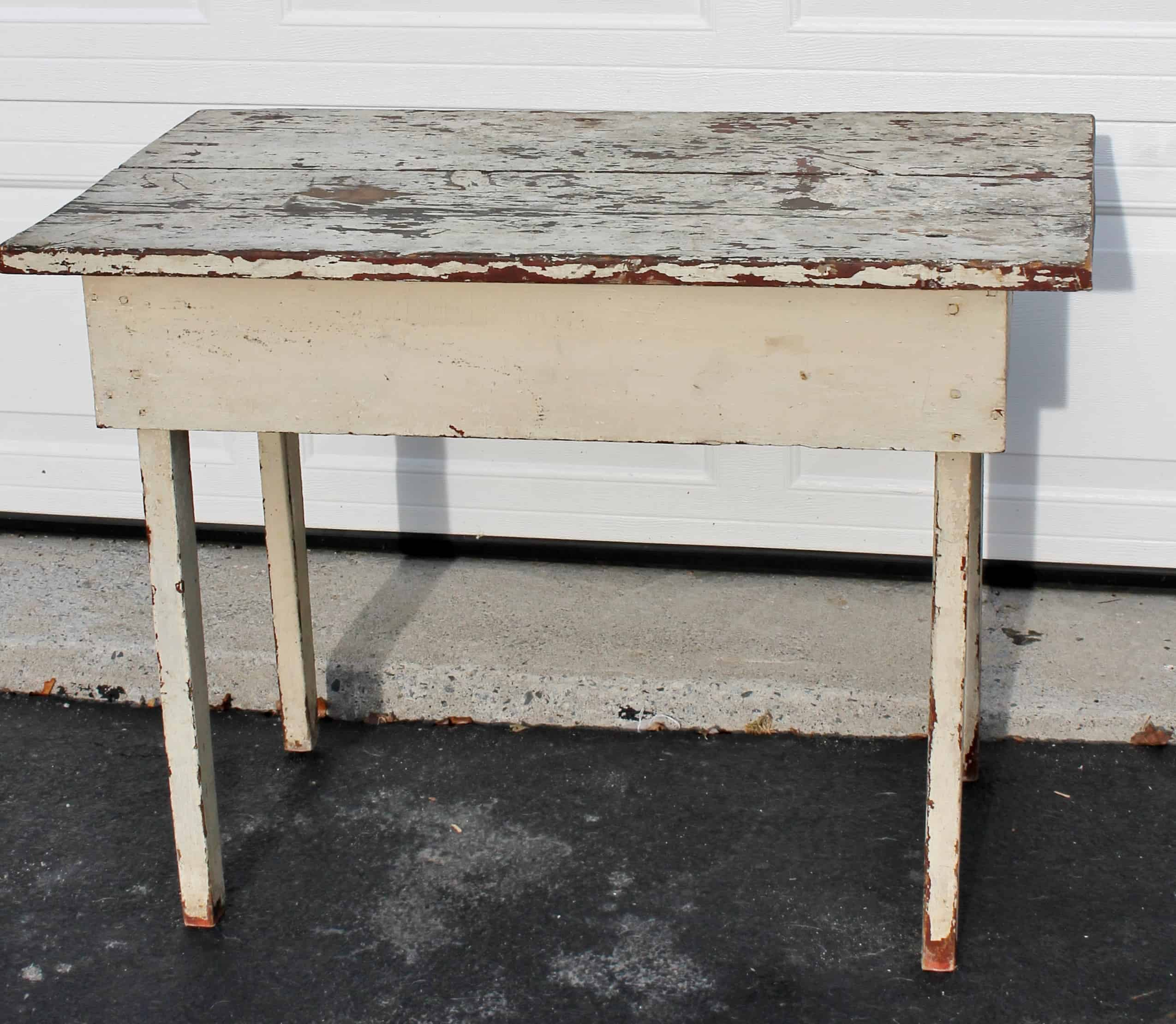grungy-table-after-cleaning-and-waxing