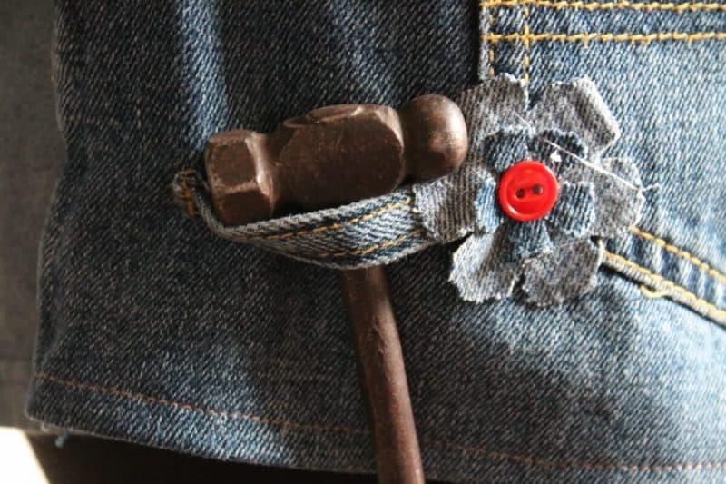 belt loop holding hammer